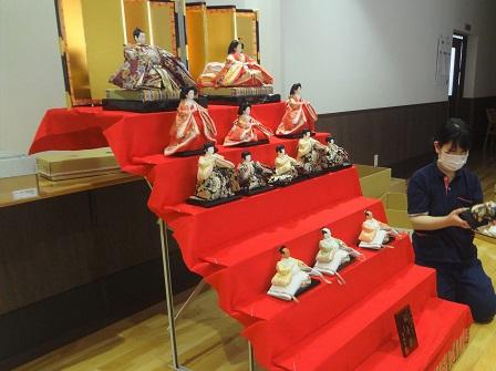 hinakazari-kanayatokuyo-2.jpg